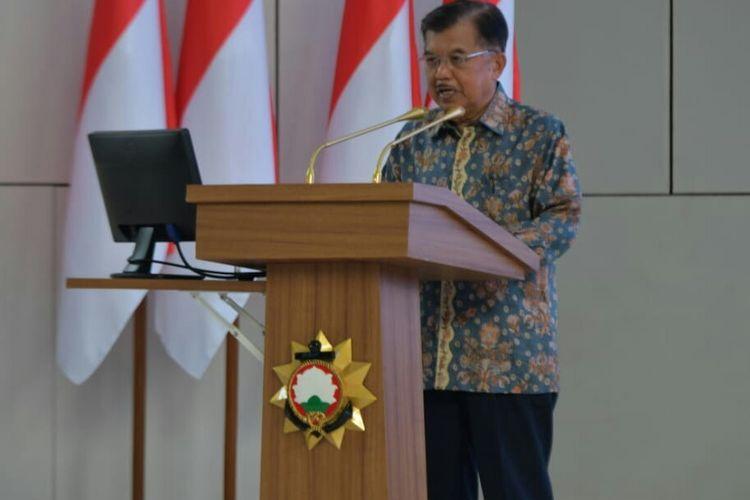 Wakil Presiden Jusuf Kalla memberi pembekalan kepada anggota TNI-Polri