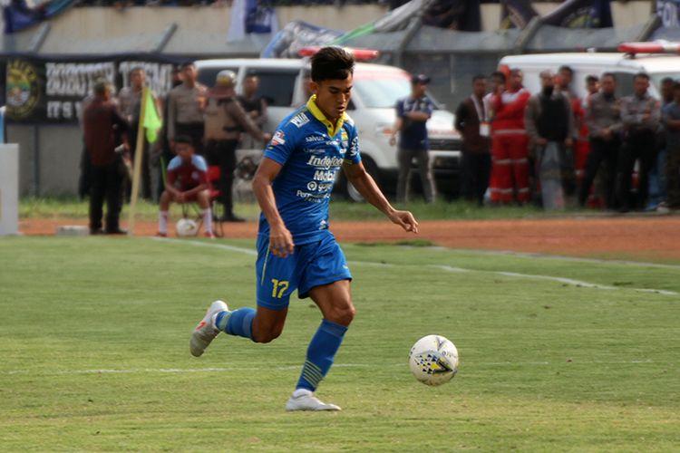 Bek sayap Persib Bandung, Zalnando.