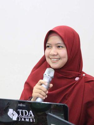 Nufaidah, Guru SDN 131/IV Kota Jambi yang menjadi Sekolah Mitra Program PINTAR Tanoto Foundation