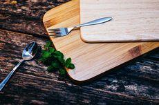 4 Bahan yang Ampuh Bersihkan Talenan Kayu dari Bakteri, Bau, dan Noda
