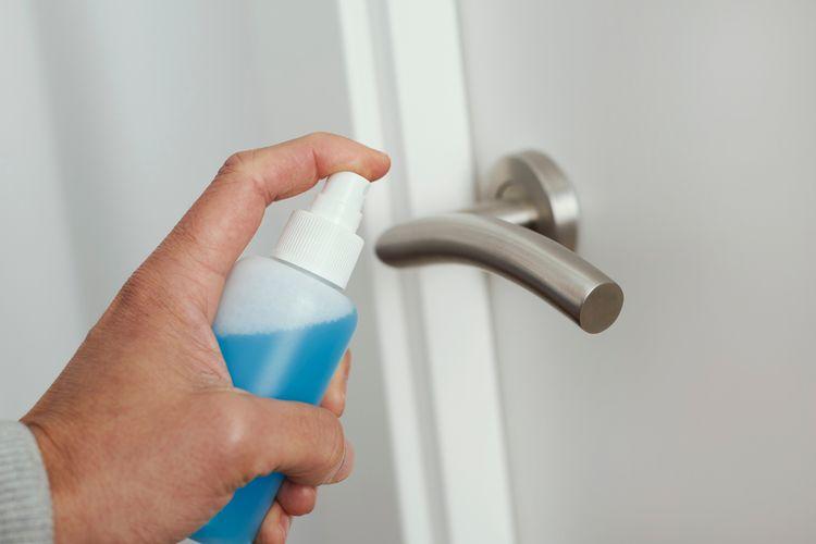 Bagaimana Cara Membuat Cairan Disinfektan Sendiri? Halaman all - Kompas.com