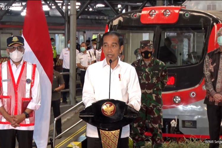 Foto tangkapan layar Presiden Joko Widodo meresmikan pengoperasian KRL Yogyakarta-Solo di Stasiun Yogyakarta, DIY, Senin (1/3/2021).