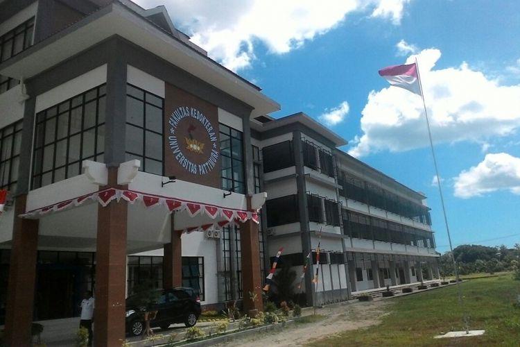 Gedung Fakultas Kedokteran Universitas Pattimura Ambon, di kawasan Poka, Kecamatan Teluk Ambon, Rabu (1/11/2017).