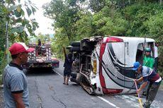 Polisi Sebut Bobot Bus Pariwisata yang Terguling Dilarang untuk Lewati Tanjakan Bundelan