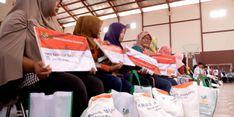 Tekan Angka Kemiskinan, Kemensos Evaluasi Bansos Rastra dan BPNT
