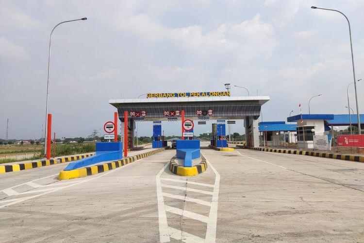 Gerbang Tol (GT) Pemalang Jalan Tol Pemalang-Batang.