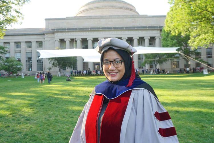Noor Titan Putri Hartono saat diwisuda S3 dari Massachusetts Institute of Technology (MIT) pada Juni 2021.