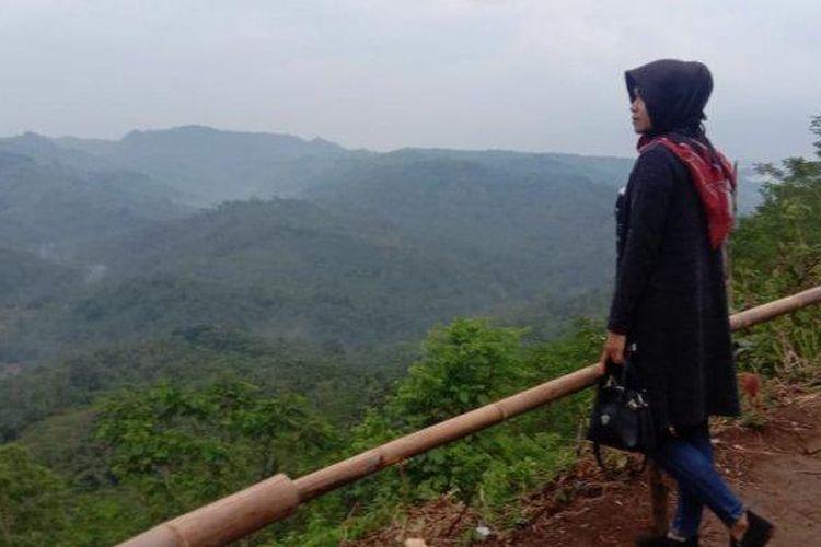 Suasana di Bukit Panenjoan, Dusun Panenjoan, Desa Kersaratu, Kecamatan Sidamulih, Kabupaten Pangandaran, Jawa Barat (TRIBUN JABAR/Padna).
