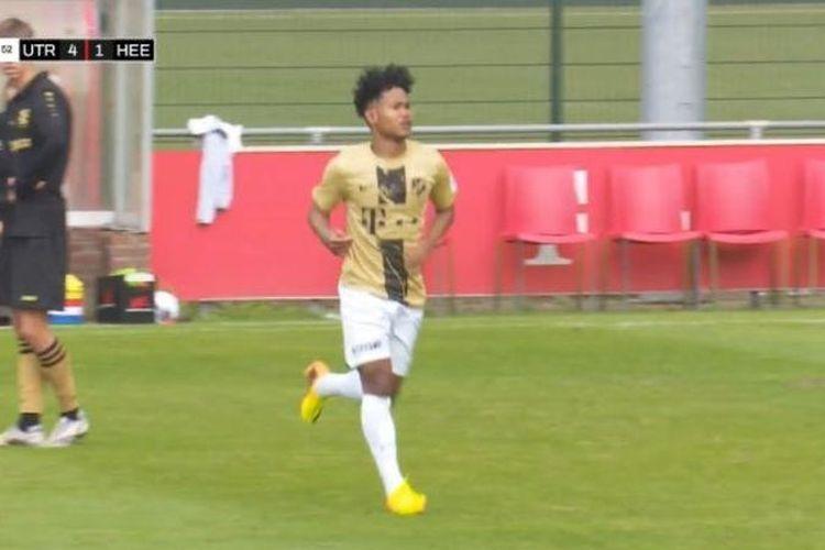 Bagus Kahfi mencetak dua gol ketika Jong Utrecht melakoni laga uji coba melawan tim asal Belgia, La Louviere Centre, Jumat (3/9/2021) malam WIB.