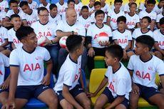 AIA Sumbangkan 500 Bola untuk SSB di Sumatera Utara.