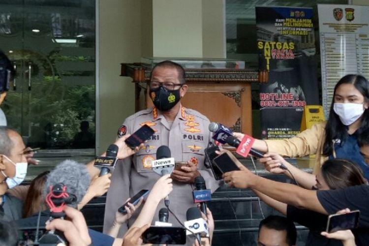 Kabid Humas Polda Metro Jaya, Kombes Pol Yusri Yunus saat menjelaskan perkembangan kasus kebakaran Lapas Tangerang di Polda Metro Jaya, Selasa (14/9/2021).