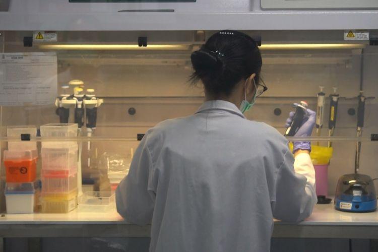 Fakultas Kedokteran dan Ilmu Kesehatan (FKIK) Unika Atma Jaya Jakarta meresmikan laboratorium Covid-19 dengan klasifikasi Bio Safety Level 2+.