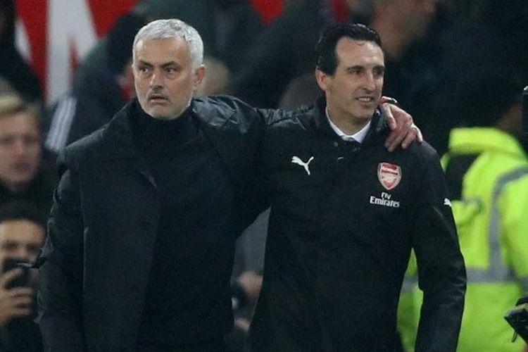 Jose Mourinho bersama Unai Emery di laga Liga Inggris