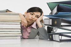 Pekerjaan yang Bikin Stres Lebih Baik dari Menganggur?