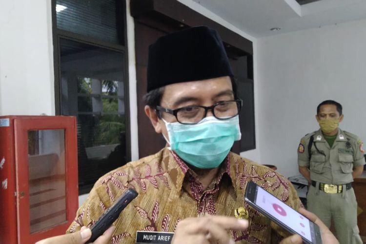 Plt bupati Jember Abdul Muqit Arief saat berkunjung ke kantor pimpinan DPRD Jember