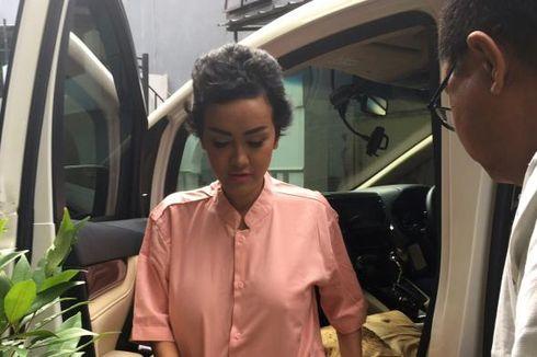 Ibunda Ungkap Kondisi Julia Perez Sebelum Operasi Saraf
