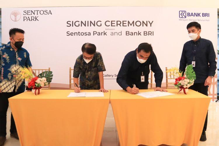 Kerja sama pembiayaan KPR BRI untuk Sentosa Park ditandatangani oleh Pimpinan Cabang Bank BRI Muhammad Ardiansyah dan Direktur Sales dan Marketing dari Sentosa Park Hammy Sugiharto.