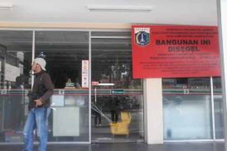 minimarket 7eleven di Jalan Budi kemuliaan, gambir, jakarta pusat tidak beroperasi hari ini.