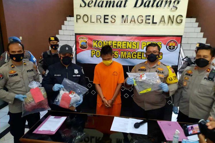 Polres Magelang menggelar perkara kasus pembunuhan di Hotel Syailendra Borobudur, Jumat (6/3/2021) sore.