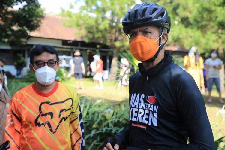 Gubernur Jawa Tengah (Jateng) Ganjar Pranowo nyatakan siap laksanakan Pemberlakuan Pembatasan Kegiatan Masyarakat (PPKM) Darurat sesuai perintah pemerintah pusat.