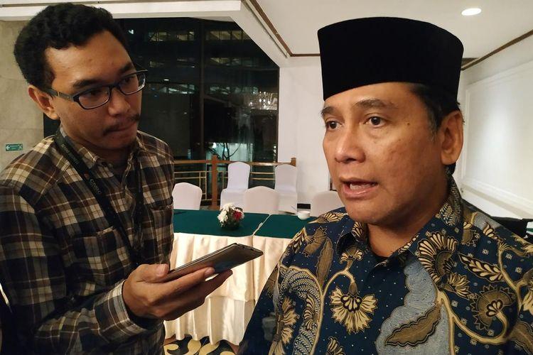 Ketua Umum Asosiasi Pengusaha Indonesia (Apindo) Hariyadi Sukamdani memberi keteranganseusai acara buka puasa di Grand Sahid Jaya, Jakarta, Rabu (22/5/2019).