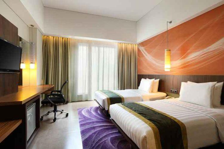 Ilustrasi hotel - Kamar tipe Deluxe Twin Room di Holiday Inn Bandung Pasteur.