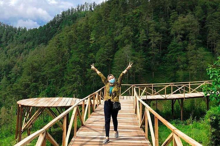 Wonder Bridge yang jadi ikon Tawangmangu Wonder Park