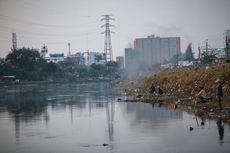 Jadi Kawasan Kumuh, Gubuk Liar Penuhi Bantaran Kanal Banjir Barat