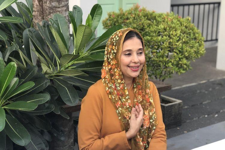 Ayu Azhari saat dijumpai dalam acara 'Khadijah Coffee for Wisdom by Ayu Azhari di kawasan Kemang, Jakarta Selatan, Rabu (29/1/2020).