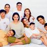 Potret Bahagia Keluarga Anjasmara dan Dian Nitami