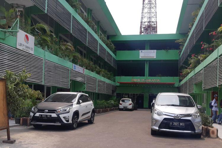 Bangunan SMKN 35 di Jakarta Barat
