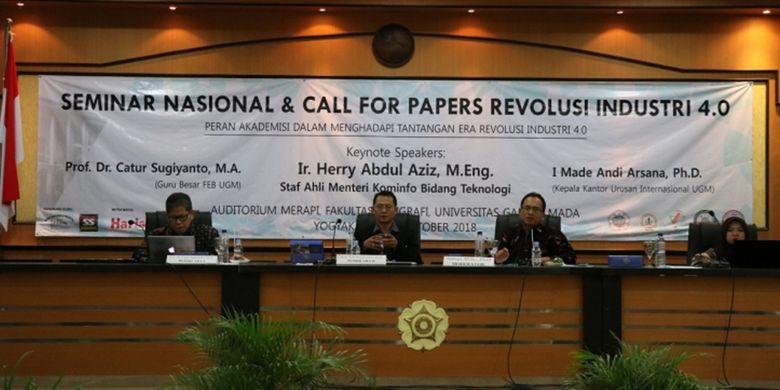 Seminar Nasional dan Call for Papers Revolusi Industri 4.0 pada Sabtu (13/10/2018) di Auditorium Merapi, Fakultas Geografi UGM.