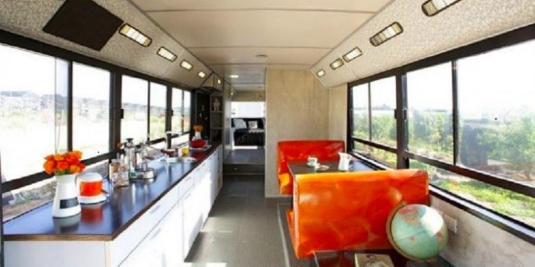 Sayangnya, rumah bus ini tidak bisa dijalankan laiknya karavan.