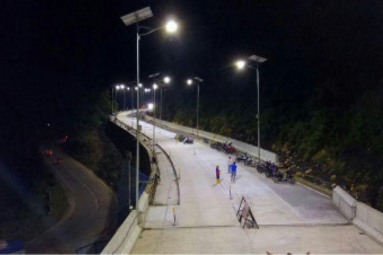 Jalan layang atau elevated road di jalur Trans Sulsel di Kabupaten Maros.