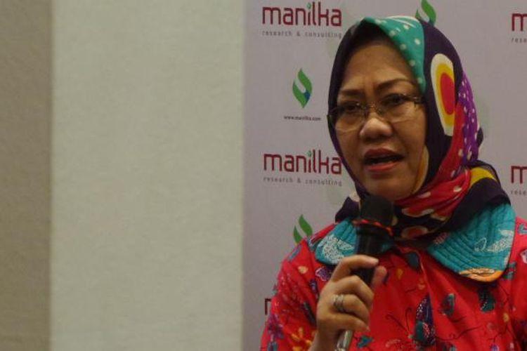 Peneliti LIPI Siti Zuhro dalam sebuah acara diskusi di bilangan Cikini, Jakarta Pusat, Minggu (21/8/2016)