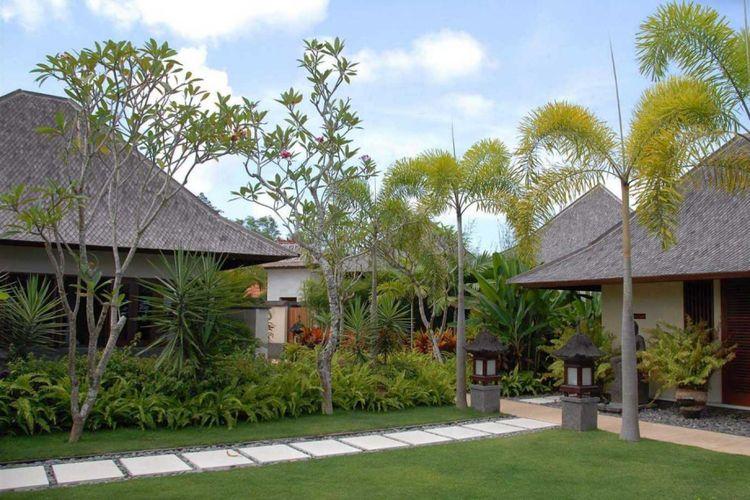 Villa Indah Manis Bali karya Agung Budhi Raharsa