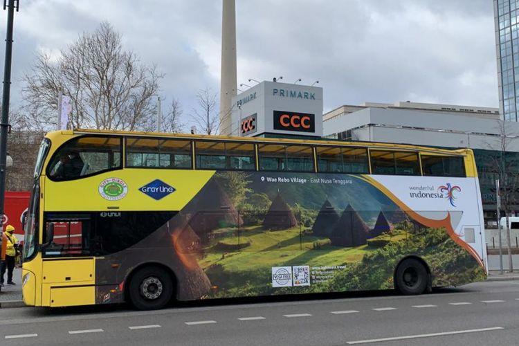 Bus Wonderful Indonesia di Berlin, Jerman.
