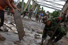Pangdam Wirabuana Bantu Korban Banjir Manado