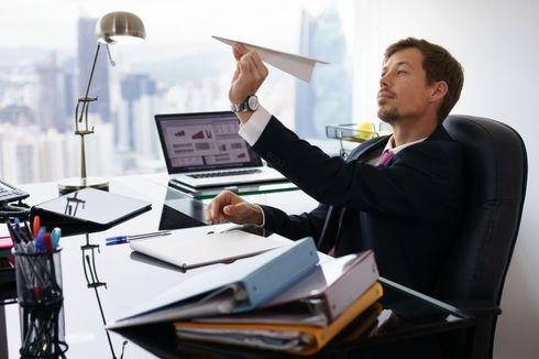 Hilangkan Kebiasaan Menunda Pekerjaan yang Hambat Karier