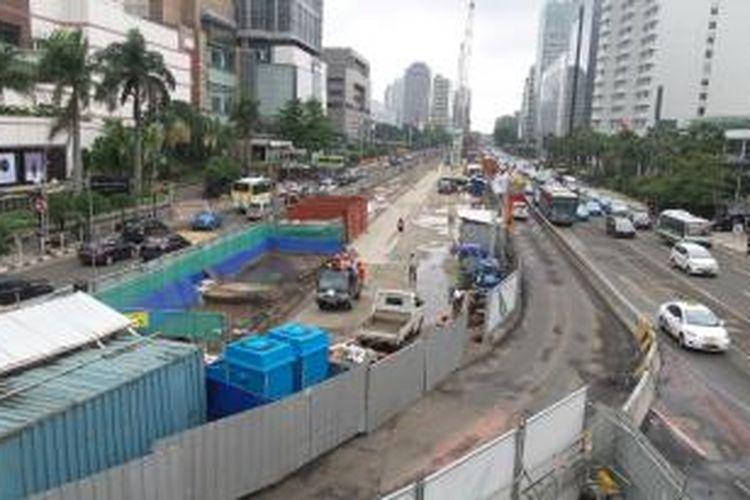 Situasi terkini di lokasi pembangunan MRT di Jalan Thamrin, tepatnya di sekitar Bundaran HI, Rabu (11/2/2015)
