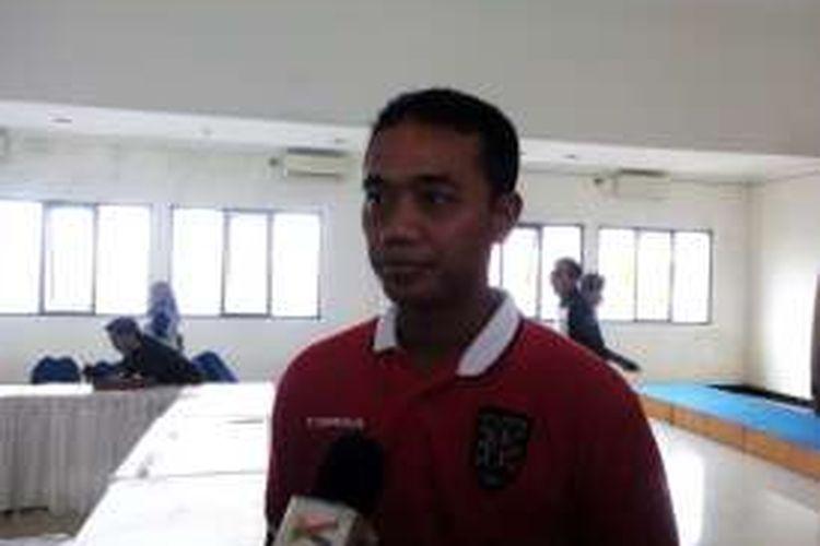 Asisten Pelatih Bali United Eko Purdjianto saat ditemui wartawan di Graha Persib, Jalan Sulanjana, Kota Bandung, Selasa (29/3/2016).