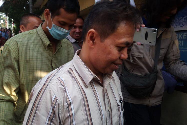 Nur Mahmudi Ismail, mantan Wali Kota Depok, memenuhi panggilan polisi dengan mendatangi Polresta Depok, Kamis (13/9/2018). Ia dipanggil polisi sebagai tersangka kasus korupsi.