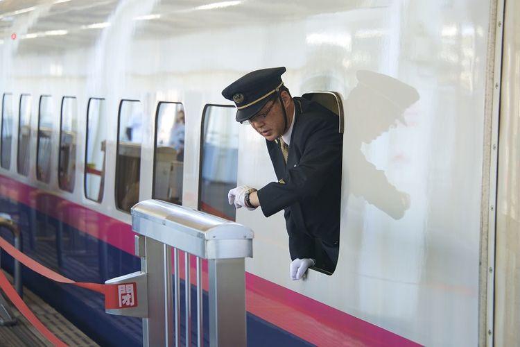 Jaringan kereta api di Jepang adalah salah satu organisasi yang paling menghargai ketepatan waktu.