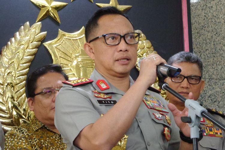 Kapolri Jenderal Pol Tito Karnavian dalam jumpa pers di Lobi Gedung Utama Mabes Polri, Jakarta, Jumat (3/1//2018).