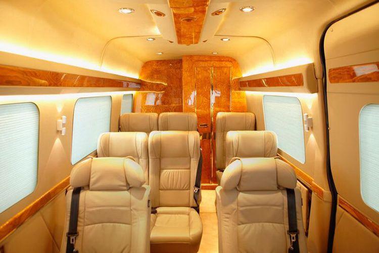 Desain ekslusif bak di dalam pesawat.