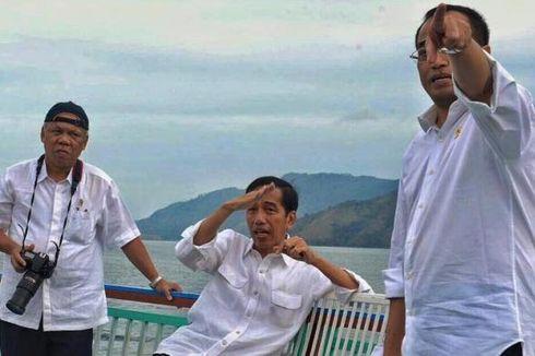 Ingin Kawasan Toba Hijau Lagi, Jokowi Tanam Pohon di Pulau Samosir