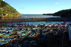 Sambut Ramadhan, Ribuan Orang Padati Pantai Baron untuk Padusan