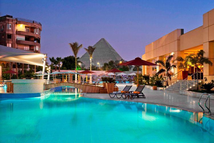 Le Meridien Pyramid Hotel & Spa, Mesir.
