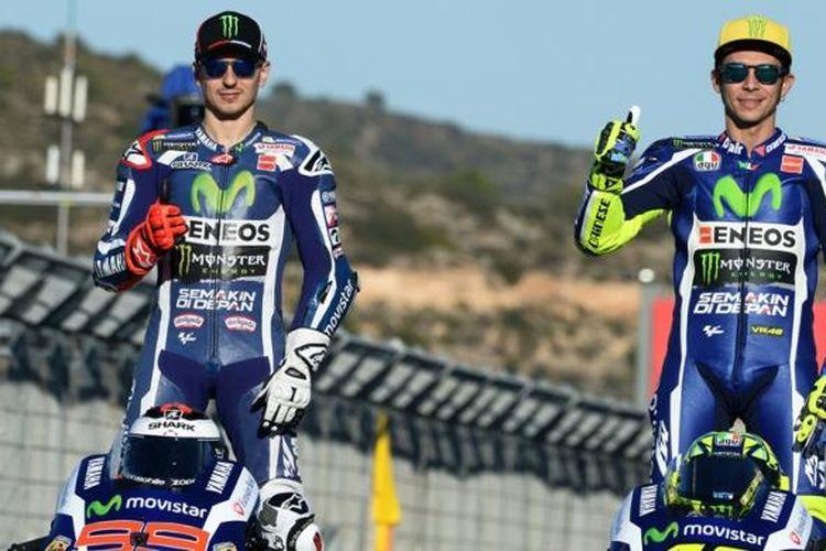 Jorge Lorenzo dan Valentino Rossi saat masih menjadi rekan setim di Yamaha pada periode 2013-2016.
