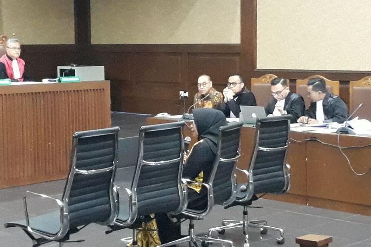 Mantan Wakil Ketua Komisi VII DPR, Eni Maulani Saragih bersaksi di Pengadilan Tipikor Jakarta, Kamis (11/10/2018).